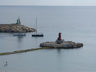 The Basseta de L'Oli; the calmest part of the beach, in the shelter of the port.