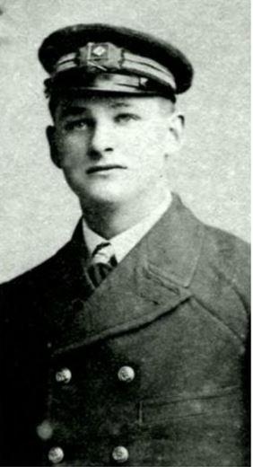 Capt Archibald Dickson