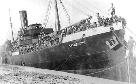 The Stanbrook crammed with refugees on the dockside of Alicante, March 1939