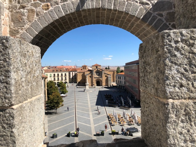 Puerta del Alacazar, Avila